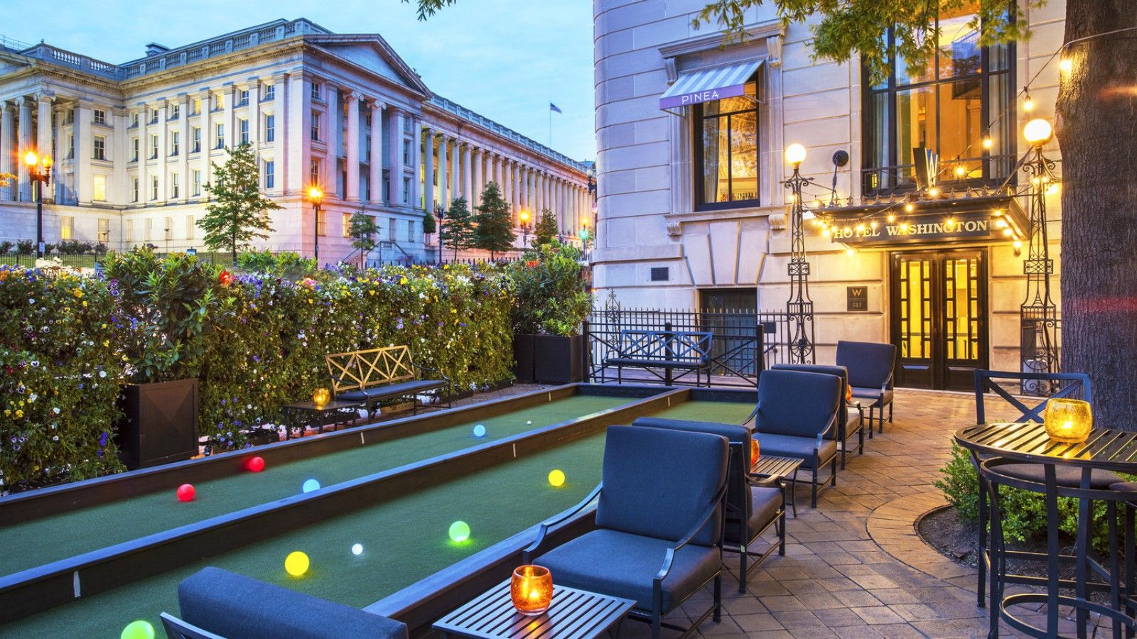 W Washington D.C. - Pinea Patio - Evening